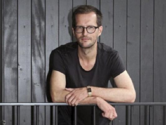 Tobias Brenk – Fondation Nestlé pour l'Art
